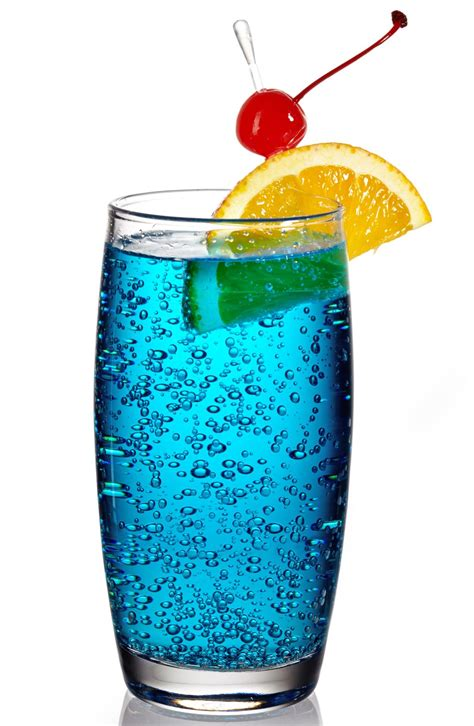 Try These Recipes To Make Wow Worthy Blue Lagoon Drink