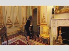 Google Expeditions tours the Queen's home of Buckingham