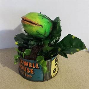 Little Shop Of Horrors - Audrey II Replica - The Green Head
