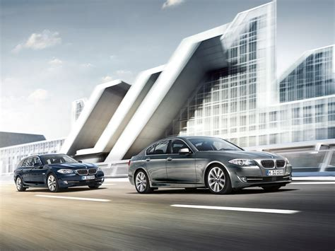 Bmw 5 Series Touring Wallpaper by Wallpapers F11 5 Series Touring Next To The F10 5er Sedan