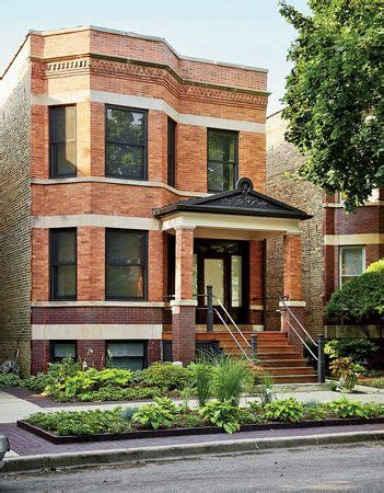 house    typical chicago  flat