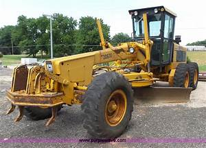 Construction Equipment Auction In Yates Center  Kansas By