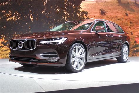 New Volvo V90 Estate Priced From 34555 Auto Express