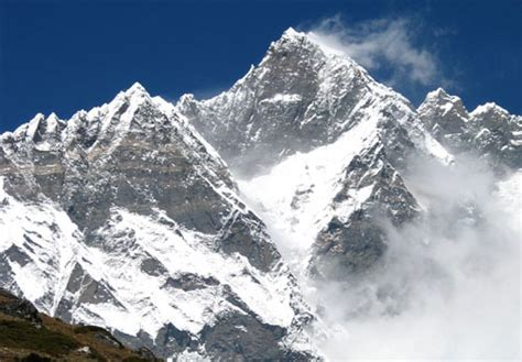 Lhotse Mountain Information