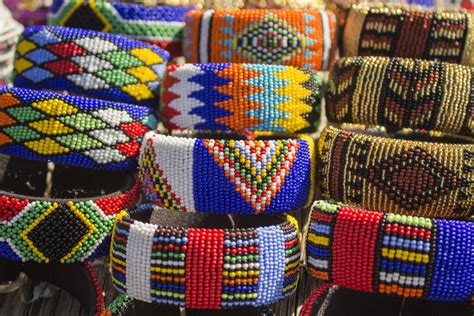 how where to buy souvenirs curios