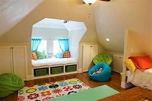 Zimmer Mit Dachschrägen Einrichten : kinderzimmer mit dachschr ge gestalten ~ Bigdaddyawards.com Haus und Dekorationen