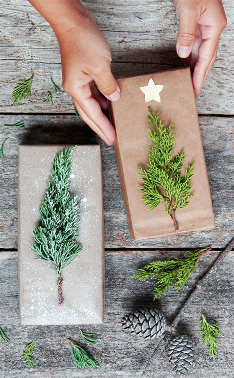 simple christmas gift wrapping ideas  kraft paper