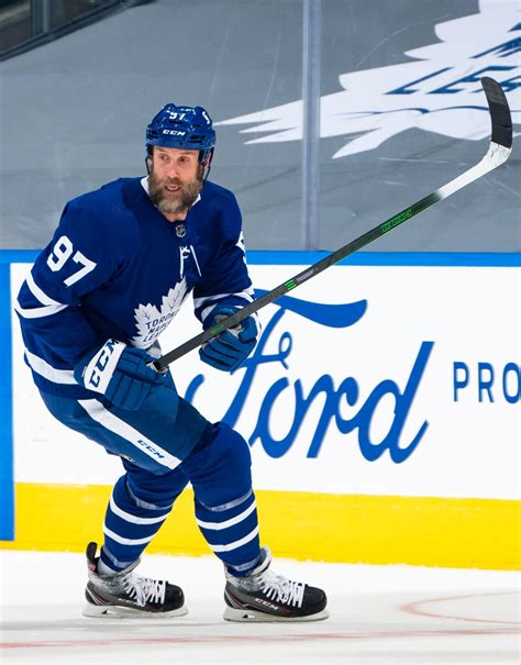 Emergency goalie david ayres helps hurricanes defeat maple leafs in wild nhl debut cbssports com. Toronto Maple Leafs Weekly: Goalie Controversy, Injuries ...