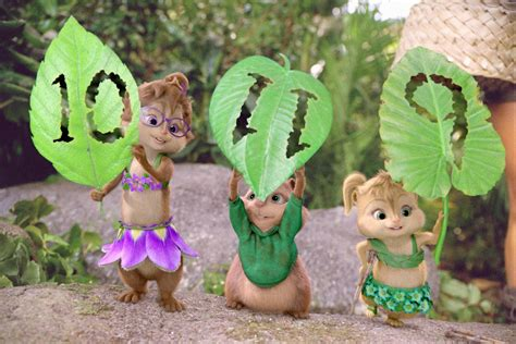 Alvin And Chipettes Step Into The Wild Around The Buzz