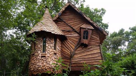 Blackberry Wood Tree House