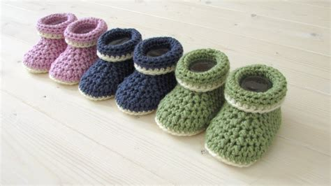 How To Crochet Cuffed Baby Booties For Beginners Diy Christmas Dog Bandana Outdoor Bench Seat Gifts For You Sister Benches Plans Room Decor Ideas With Mason Jars Couch Cover Shower Storage Candy Zombie Survival Kit Printouts