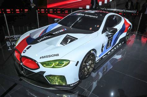 bmw  gte  racer offers  glimpse  upcoming