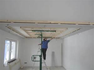 Indirekte beleuchtung wohnzimmer selber bauen abomaheber for Indirekte beleuchtung wohnzimmer selber bauen