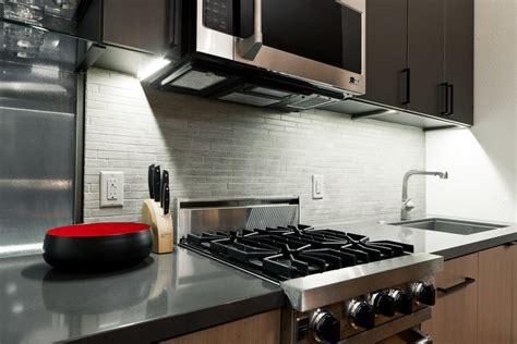 plaque pour cuisine plaque pour recouvrir carrelage mural cuisine maison