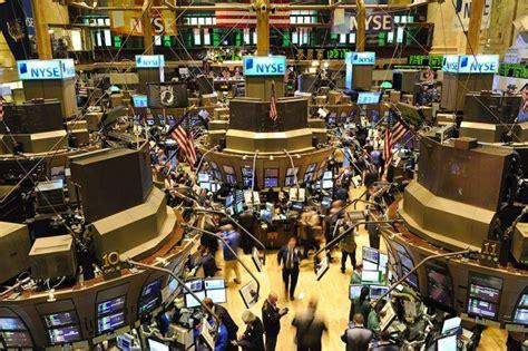 New york stock exchange trading floor | Global Risk Insights