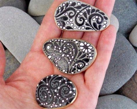 the zen pretzel trick pretzels 1 painted pebbles buhos painted rocks pebble