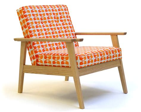 inexpensive wooden arm lounge chairs where can i find