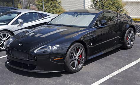 Aston Martin Vantage (2005)