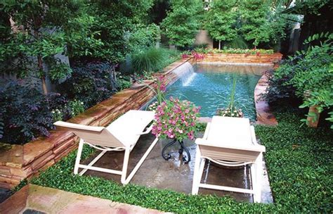 Small Backyard Landscaping Ideas On A Budget by 40 Amazing Design Ideas For Small Backyards