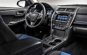 2017 Camry Interior Images - Reverse Search