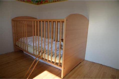 Kindergitterbett Holz Komfortgröße 70x140 Cm + Matratze