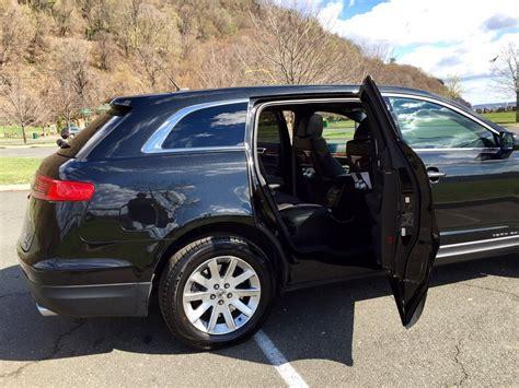 Transportation Services To Airport by Denver Airport Transportation Limousine And Shuttle