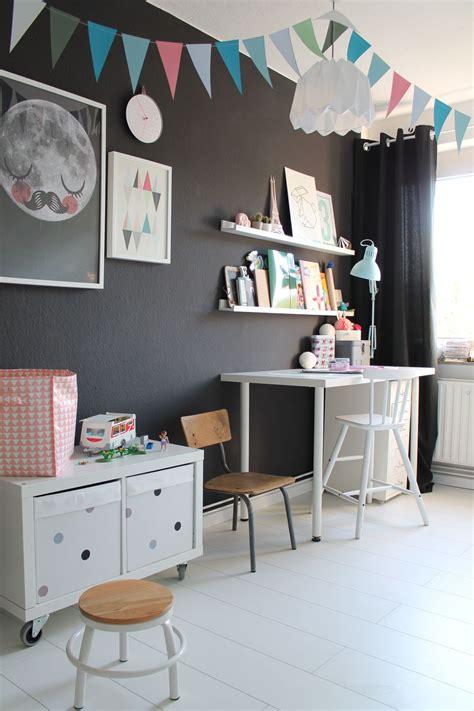 Kinderzimmer Wandgestaltung Ideen by Die Sch 246 Nsten Ideen F 252 R Die Wandfarbe Im Kinderzimmer