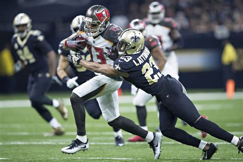 orleans saints  tampa bay buccaneers bold