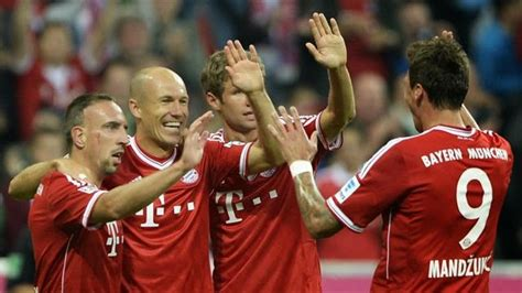 Bayern münchen are unbeaten in their last 25 home games. Moenchengladbach 0-2 Bayern Munich