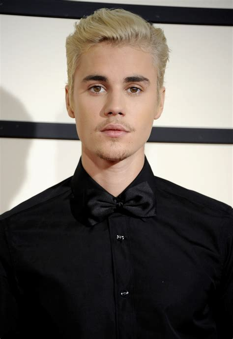 Justin Bieber Look   His Changing Hair Styles