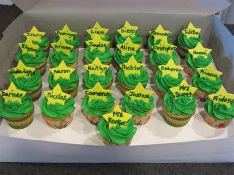 cupcakes for kindergarten graduation kindergarten 237 | 324beab6e4ad115f50d96fd3cd9e029d
