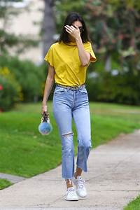 Winter Crop from Celebrity Street Style | Alessandra ambrosio Street styles and November