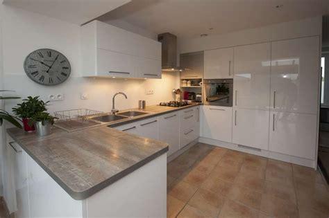 meuble de cuisine blanc laqué meuble cuisine blanc laqué cuisine en image