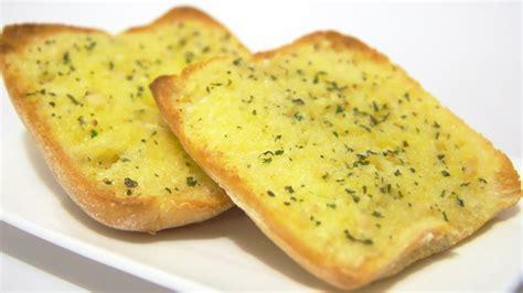 toaster oven garlic bread how to make garlic bread recipe