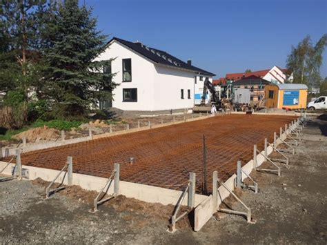 Garage In Taucha by Errichtung Einfamilienhaus Mit Fertigteilgarage In Taucha
