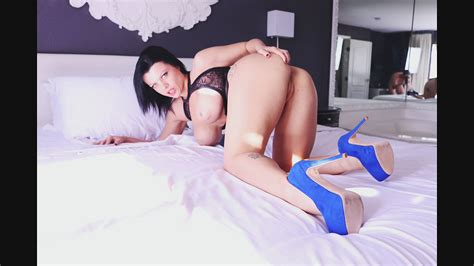 Hot MILF Getting Anal Gape Rough Sex With Passion Nadia