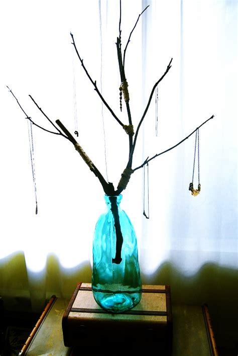 Mr. Kate - DIY jewelry tree