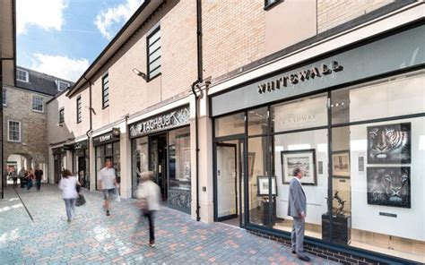 bond street retail chelmsford stace