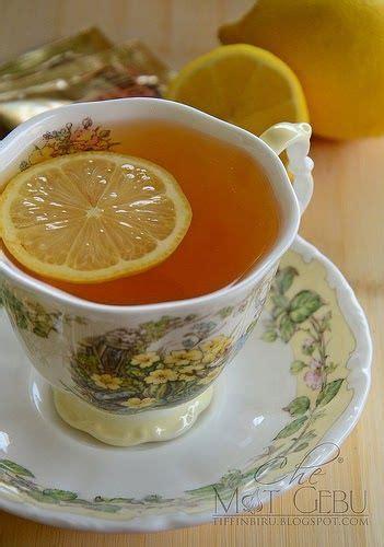 6 biji lemon rendam kejap dgn air garam dlm 10mnit, kemudian basuh bersih dan potong nipis, buang biji. Teh Lemon Madu Suam | Lemon, Food, Melaka
