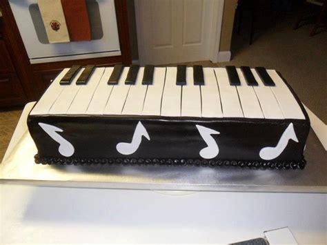 pianokeyboard grooms cake cake pinterest groom