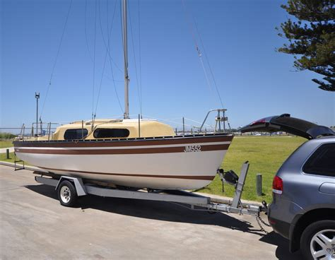 Removing A Boat From A Trailer On Land by View Topic Removing Boat From Trailer At Home For