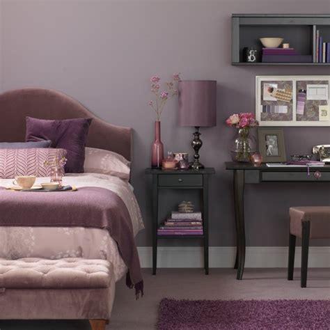 Lavender Bedroom With Desk  Bedroom Decorating Ideas