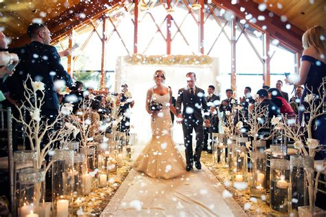 22 magical and winter wedding decorating ideas