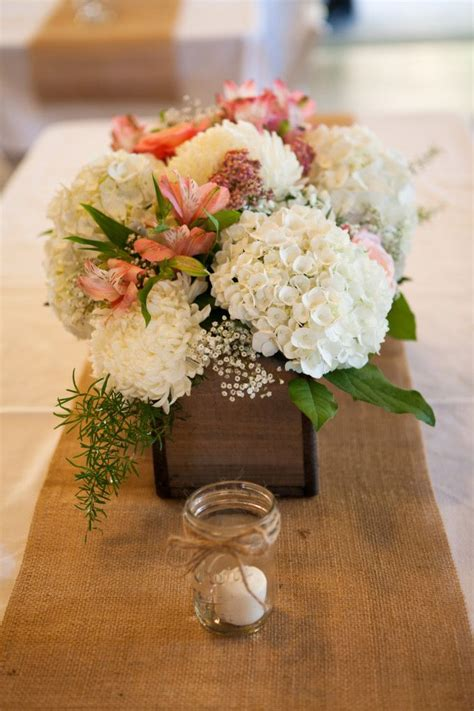 country chic wedding flower arrangements vintage