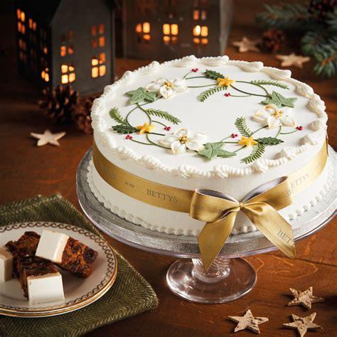 royal iced wreath christmas cake bettys