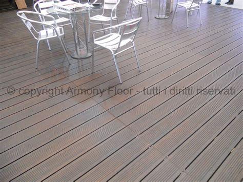 pavimento in legno per esterni prezzi tipi di legno per esterno pavimenti per esterni