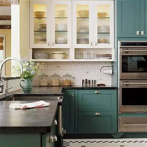 35 Two-Tone Kitchen Cabinets To Reinspire Your Favorite