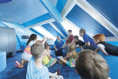 keeping  kids entertained  board cruise tips