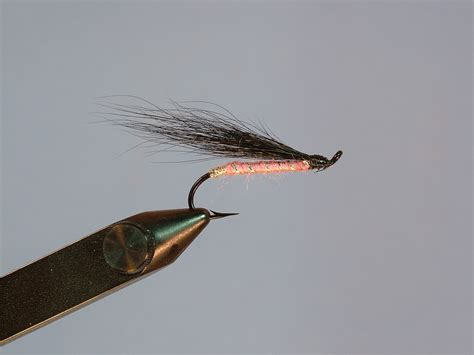 fly hooks fly fishing hook sizes  fly