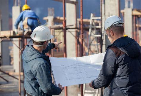 commercial contractors fret  shortage  labor